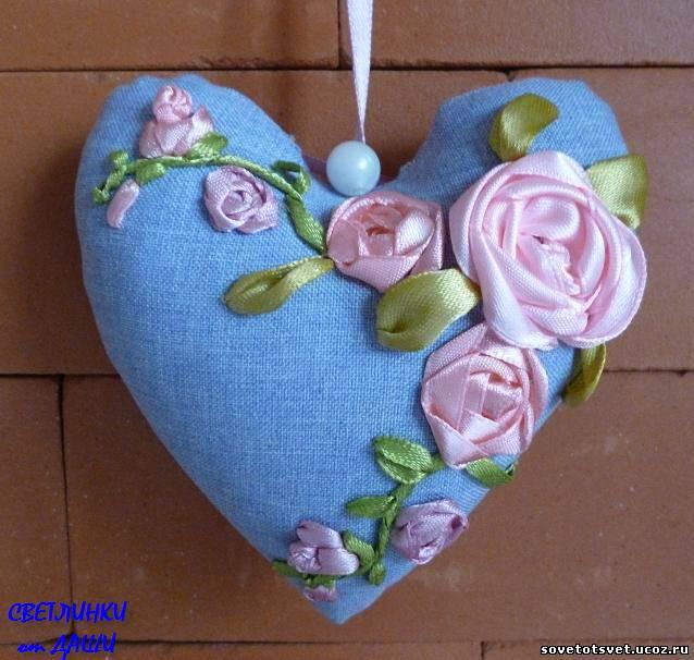 вышить лентами розу